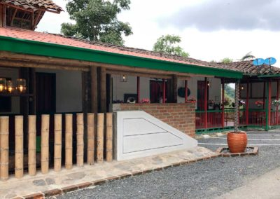 FACHADA-HOTEL-VISPERAS